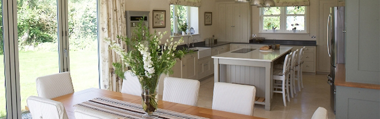 broadhempston kitchen design and styling by holly keeling